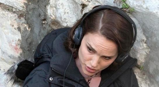 נטלי פורטמן מביימת, אתמול בירושלים (בפנים, תראו אותה גם משחקת). צילום דרך סוכנות EPA