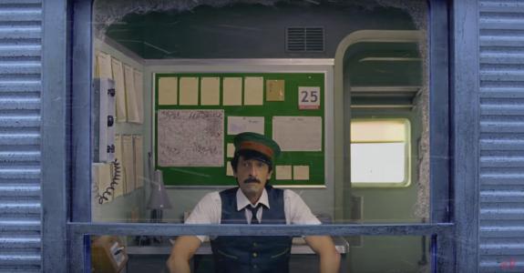 אדריאן ברודי בסרט הקצר של ווס אנדרסון (צפו בפנים)