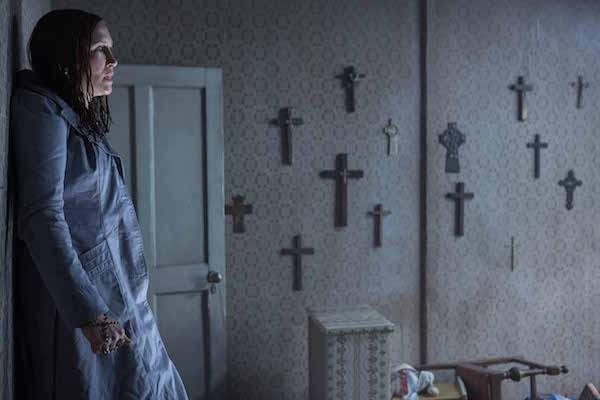 ״לזמן את הרוע 2״. מסכנים הקתולים