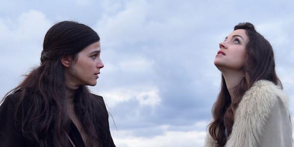 נלי תגר וג׳וי ריגר ב״החטאים״ של אבי נשר. מחר בםסטיבל טורונטו