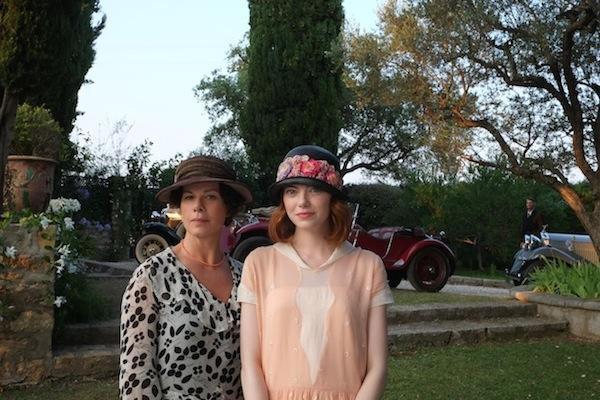 אמה סטון ומרשה גיי הרדן ב״קסם לאור ירח״ של וודי אלן